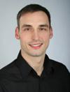 Portrait des Dozenten Dennis Willkommen